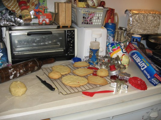 Cookie cuters and x-mas cookies