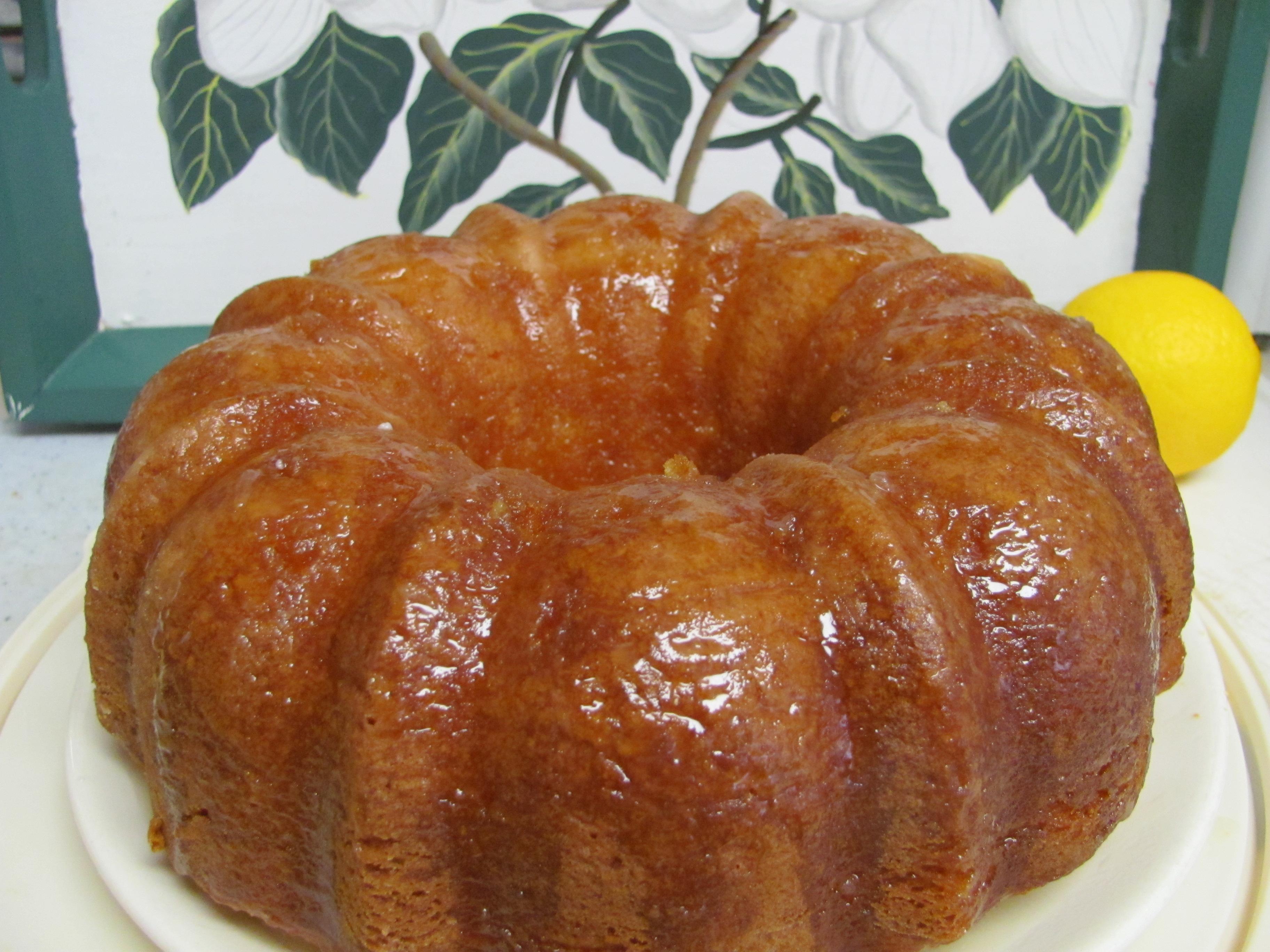 Paula Deen Mt Dew Cake